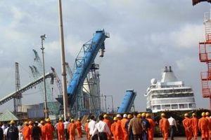 Vinalines trả tiền mua lại 75,01% cổ phần Cảng Quy Nhơn đã bán sai