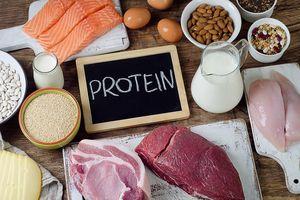 Lượng protein cơ thể cần để tăng trưởng cơ bắp dù giảm cân