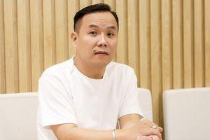 NTK Việt Hùng: Tôi thấy trái chiều với ý tưởng của bộ trang phục 'Bàn thờ'