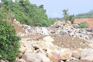 Lấp sông mở rộng dự án 700 tỷ, hàng loạt cán bộ bị kỷ luật