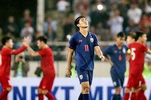 HLV đội U23 bất ngờ từ chức, bóng đá Thái tức tốc tìm thầy