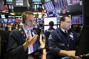 Chứng khoán toàn cầu 'ảm đạm' vì căng thẳng thương mại Mỹ - Trung