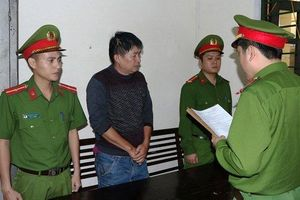 Sau khi khởi tố bị can, 2 vợ chồng nhà xe 'đầu gấu' bị phạt hành chính