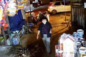 Ninh Bình: 'Nữ quái' vờ mua hàng mã 'cuỗm' 70 triệu đồng của người bán hàng