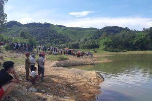 Nghệ An: 4 học sinh cứu 1 bạn đuối nước, cả 5 em tử vong thương tâm