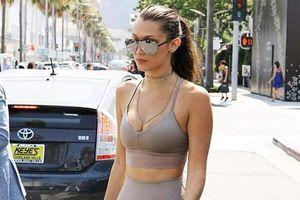Mốt đồ tập ra đường của các cô gái hot nhất Hollywood