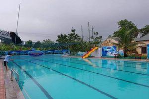 Sân bóng, bể bơi tại Trung tâm Minh Tâm đã dừng hoạt động, trách nhiệm của huyện Thạch Thất ở đâu?