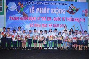 TP.HCM tặng quà cho trẻ em có hoàn cảnh đặc biệt