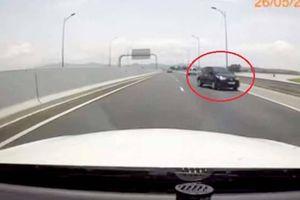 Tăng nặng mức phạt với ô tô chạy ngược chiều trên cao tốc