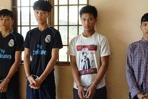 Nhóm con nghiện '2X' thủ dao bán ma túy