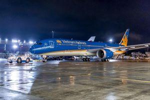 Máy bay cất cánh trễ vì chờ 1 khách: Vietnam Airlines lên tiếng