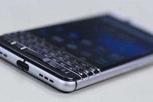 Bán BlackBerry siêu bảo mật cho tội phạm, 'ông trùm' lĩnh án tù 9 năm