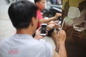 Hàng loạt bốt điện ở Hà Nội 'nở hoa'