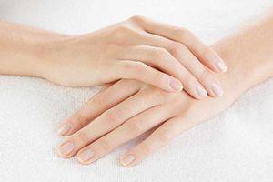 Móng tay có những dấu hiệu bất thường này cho thấy bạn đang bị bệnh