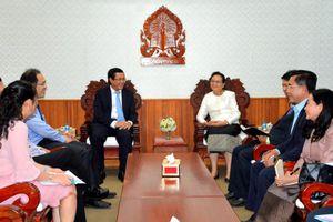 Bộ trưởng Bộ Giáo dục Lào đánh giá cao thành tựu giáo dục Việt Nam