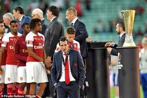 Thi đấu tệ hại, Arsenal chỉ được cấp 45 triệu bảng để mua sắm!