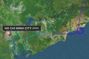 Vietnam Airlines thừa nhận delay 30 phút do chờ 1 hành khách
