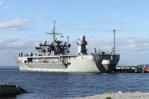 Tàu chỉ huy của Mỹ tiến vào biển Baltic làm gì?
