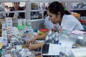 Các nhà thuốc bối rối khi bán thuốc ngừa thai