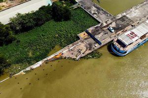 Vẫn chưa khắc phục sự cố sập cầu tàu tại cảng Ba Son