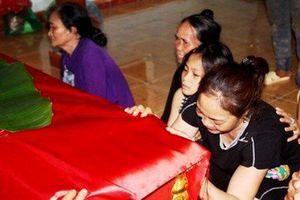 Không khí tang thương vùng quê nghèo nơi 5 học sinh chết đuối thương tâm