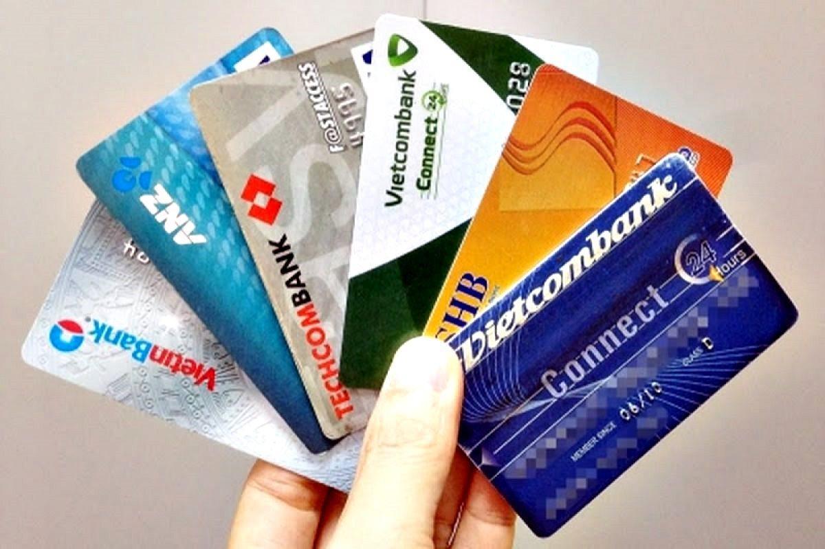 Đề xuất không thu phí mở tài khoản ngân hàng