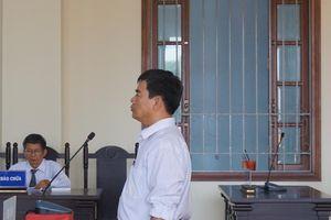 Bắt giam cựu giảng viên Trường Cao đẳng Cần Thơ ngay tại tòa
