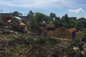 1.000 tấn cá chết trên sông La Ngà: Khai quật đường ống xả thải ra môi trường
