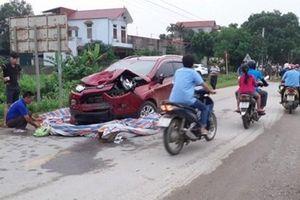 Ô tô điên lấn làn tông chết 2 người phụ nữ, bé trai 7 tháng tuổi bị thương nặng