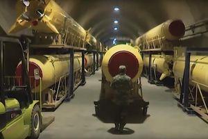 Iran tung video khoe kho tên lửa đồ sộ trong lòng đất