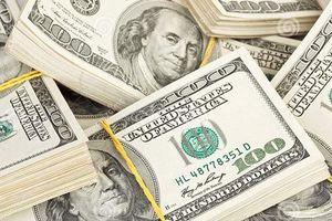 Giá trao đổi USD trong các ngân hàng tiếp tục đứng ở mức cao
