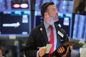S&P 500 có tháng lao dốc mạnh nhất từ năm 2010 do 'cơn ác mộng' cuộc chiến thương mại