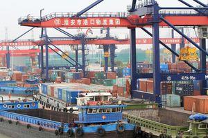 Mỹ chính thức áp mức thuế mới đối với hàng hóa Trung Quốc đến bằng đường biển