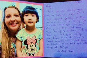 Trẻ Việt ở Mỹ tổng kết năm học: Khen mà không thưởng, rưng rưng tràng vỗ tay