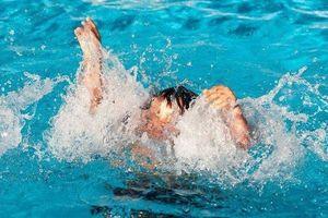 Cháu bé 4 tuổi ra tắm sông bị nước cuốn trôi trong ngày Quốc tế thiếu nhi