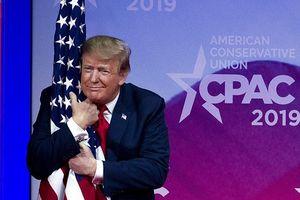 Tổng thống Trump đạt mức tín nhiệm cao nhất trong hai năm