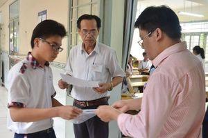 Hơn 80.000 thí sinh tại thành phố Hồ Chí Minh bước vào kỳ thi tuyển sinh lớp 10