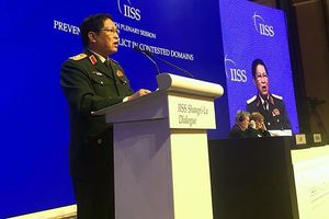 Bộ trưởng Quốc phòng Việt Nam kêu gọi các nước lớn 'hành xử gương mẫu'