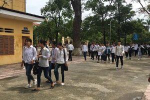 Ứng Hòa: Môn Ngữ văn không có thí sinh vi phạm quy chế, 14 em vắng mặt