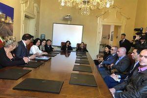 Thúc đẩy hợp tác kinh tế Việt Nam - Italy tại hai thành phố Parma và Piacenza