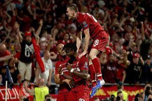Pirlo bất ngờ chỉ trích người hùng của Liverpool