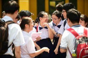 Đề thi và gợi ý đáp án môn Ngoại ngữ lớp 10 ở TP.HCM