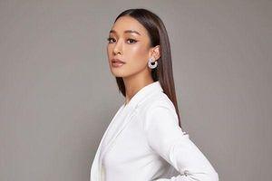 Miss Universe Thái Lan 2019: Nữ tiếp viên hàng không, cao 1m90 khiến chị đại Lukkade đích thân xuống tận nơi chọn lựa