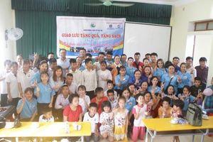 Formosa Hà Tĩnh tặng nhiều phần quà nhân dịp tết thiếu nhi