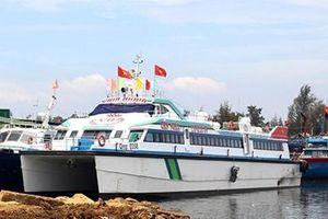 Tàu cao tốc tuyến Sa Kỳ - Lý Sơn để nằm bờ