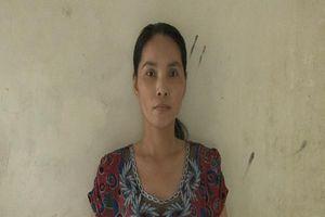 Bắt giam con dâu trộm vàng của mẹ chồng sau 15 năm lẩn trốn