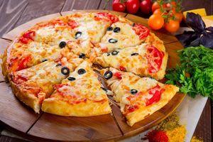 Thua lỗ triền miên, các hãng pizza vẫn 'bơm vốn' giành thị phần Việt