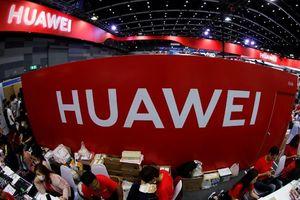 Sau lệnh cấm vận từ Mỹ, Huawei bán đứt mảng kinh doanh cáp biển