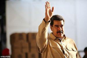 Nga bất ngờ rút hàng trăm cố vấn quốc phòng khỏi Venezuela?
