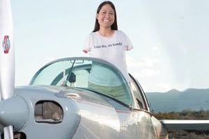 Jessica Cox: Nữ phi công… không tay